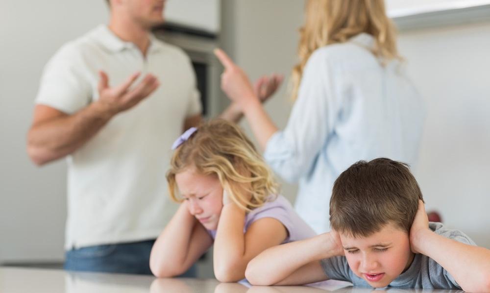 3. Поврзаноста помеѓу воспитувањето и опкружувањето во семејството