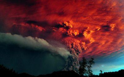"""""""Ќе покажам знаменија горе на небото и знаци долу на земјата: крв и оган и шикање на дим … столбови од дим. Сонцето ќе се претвори во темнина, а Месечината во крв, пред да дојде големиот и страшен Господов ден"""""""