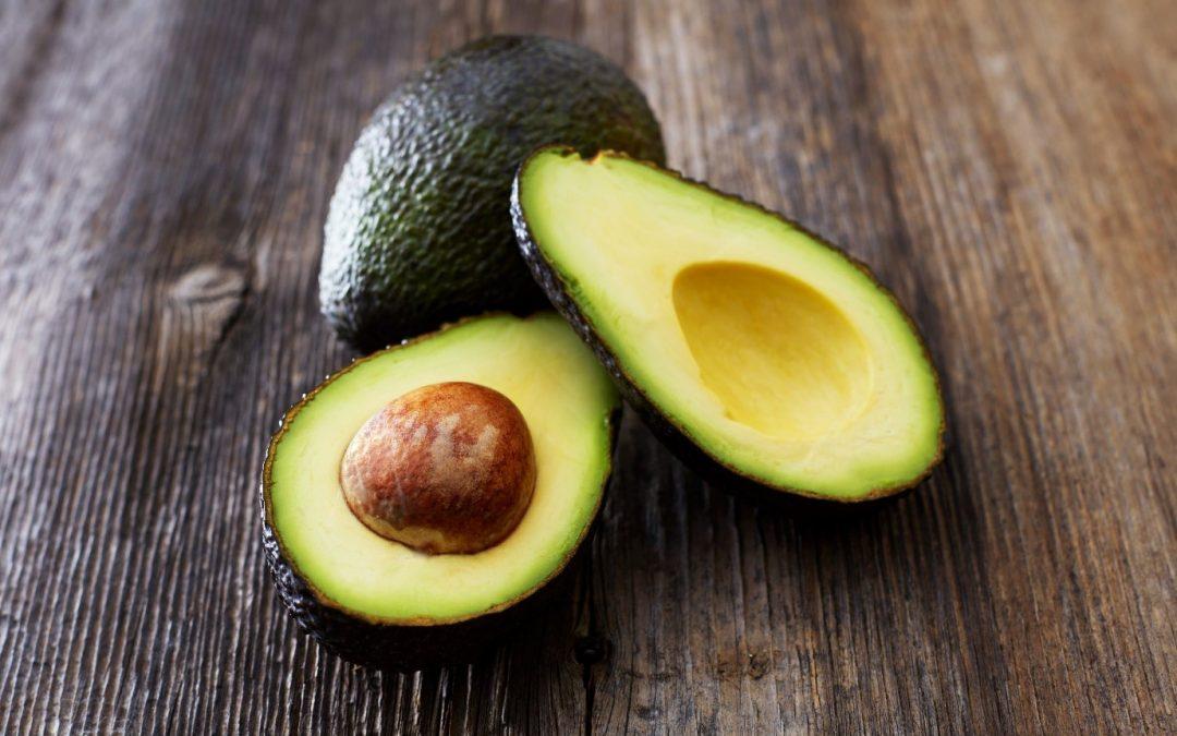 10 здравствени придобивки од употребата на авокадо