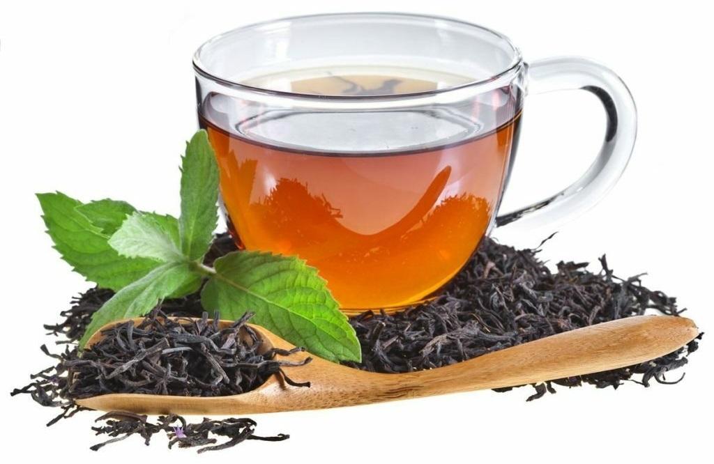 Пиење на црн чај